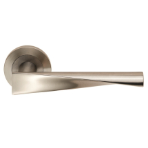 Steelworx Brema Lever Handle on Rose SWL1122SSS (Satin stainless steel)