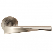 Carlisle Brass Eurospec Steelworx SWL1122 SSS Brema Lever Handle on Rose